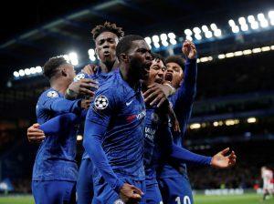 Κερδίζουν με χάντικαπ οι «Μπλε»